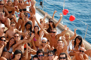 mtv booze cruise boat party Gran Canaria